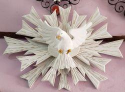 Divino Espírito Santo em  Madeira - 90 cm x 65 cm Raios Duplos