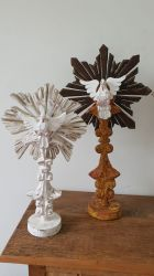 Ostensório Divino Espírito Santo Madeira Pedestal 42 X 23 Cm