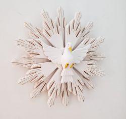 Divino Espírito Santo De Madeira - 52 x 52 Cm com raio duplo